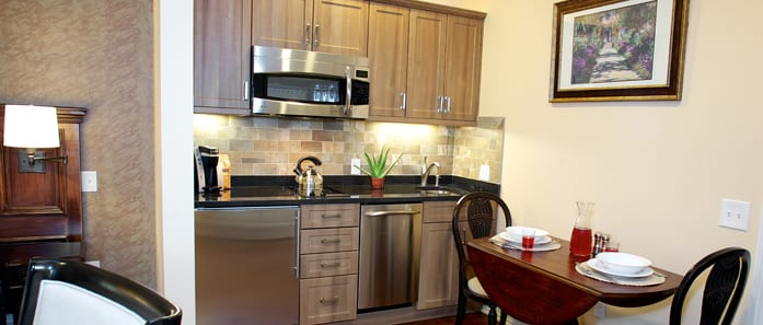 Kitchen in Hoyt Suite